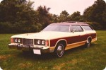 1974_Ford_Country_Squire_2